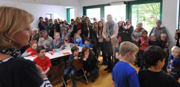 Die Schüler der Europa-Gruppen übernahmen die Begrüßung der vielen Gäste.