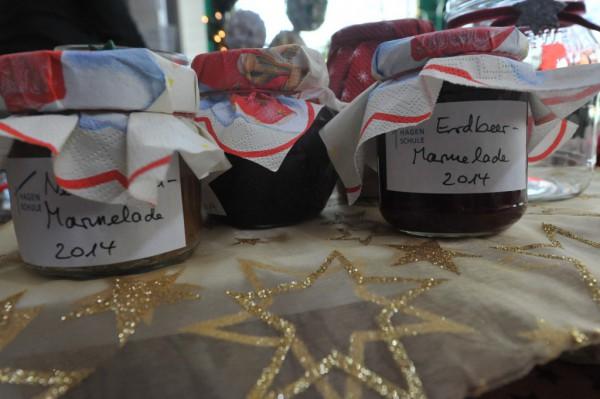 Auch Marmelade hatten die Eltern selbst gekocht.